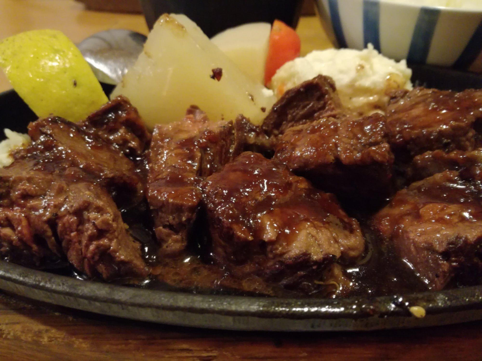 広島のお肉屋さんで美味しいランチ